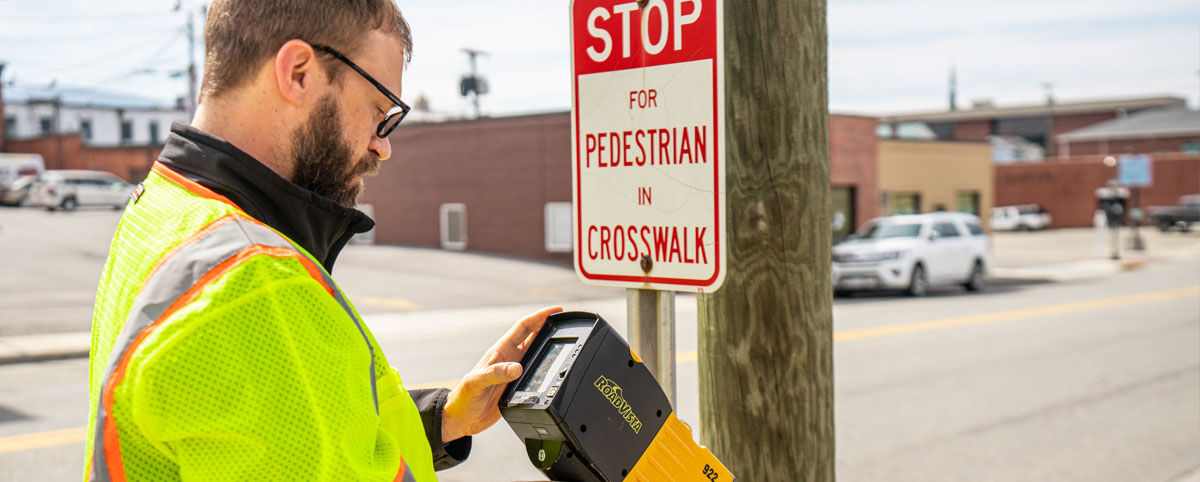 PILLAR Employee Pedestrian Safety Sign Maintenance